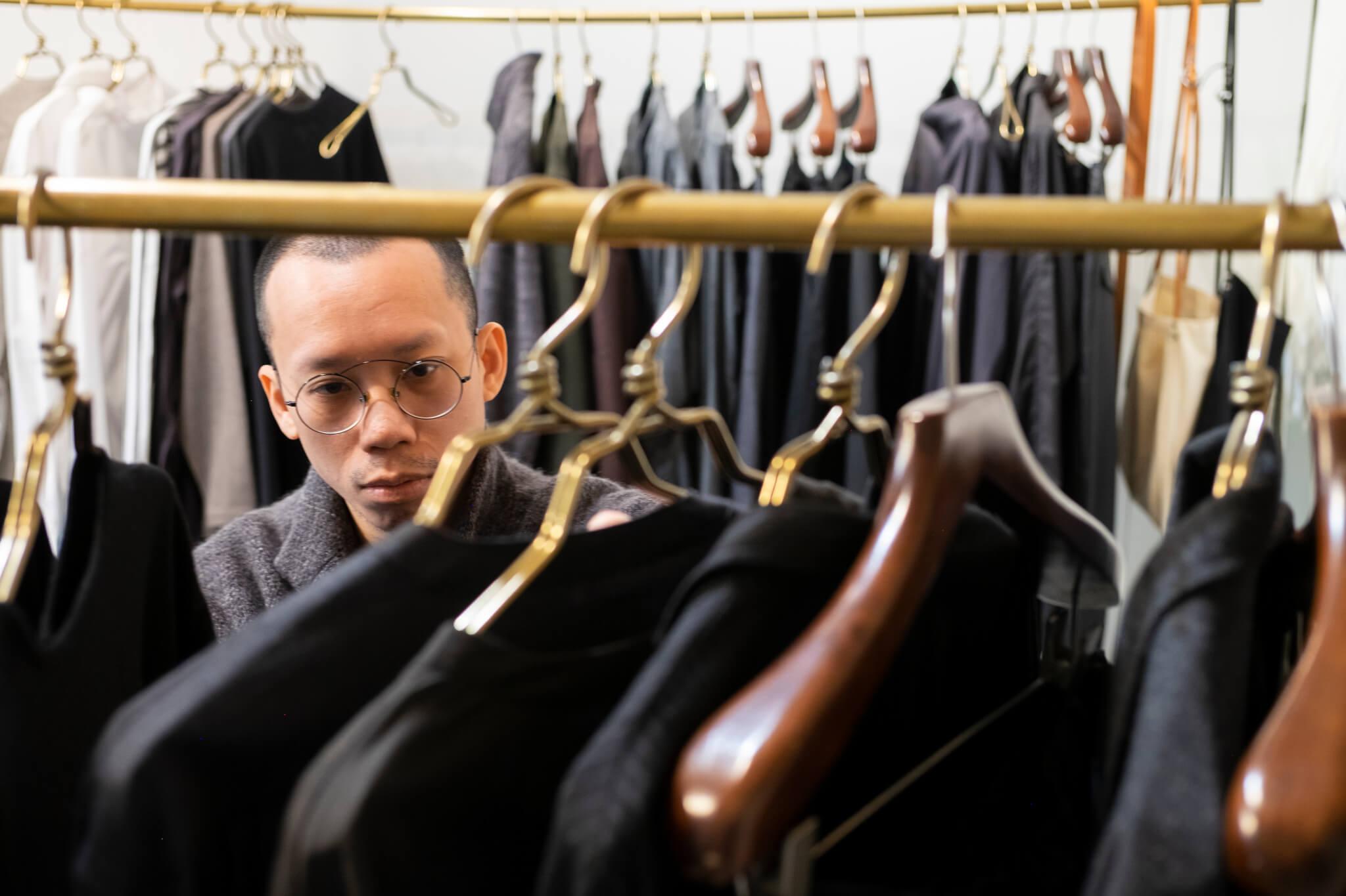 阿苗視打理店舖細節為日常,工作早已融入他的生活。