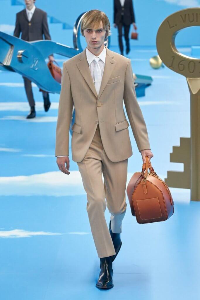 020_01_louis-vuitton-men-fall-winter-2020-paris-fashion-week-runway-show-1