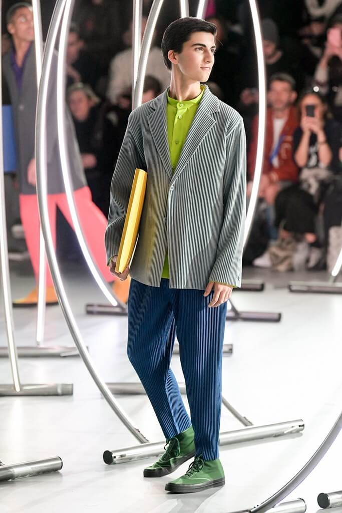 homme-plisse-issey-miyake-paris-mens-fw2020-photos-by-imaxtree-2