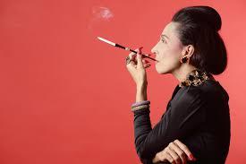 時尚編輯Diana Vreeland,可說是二十世紀最具影響力的女性之一,她曾言:「人生只有一種方式夠痛快,那就是靠自己開創想過的人生。」
