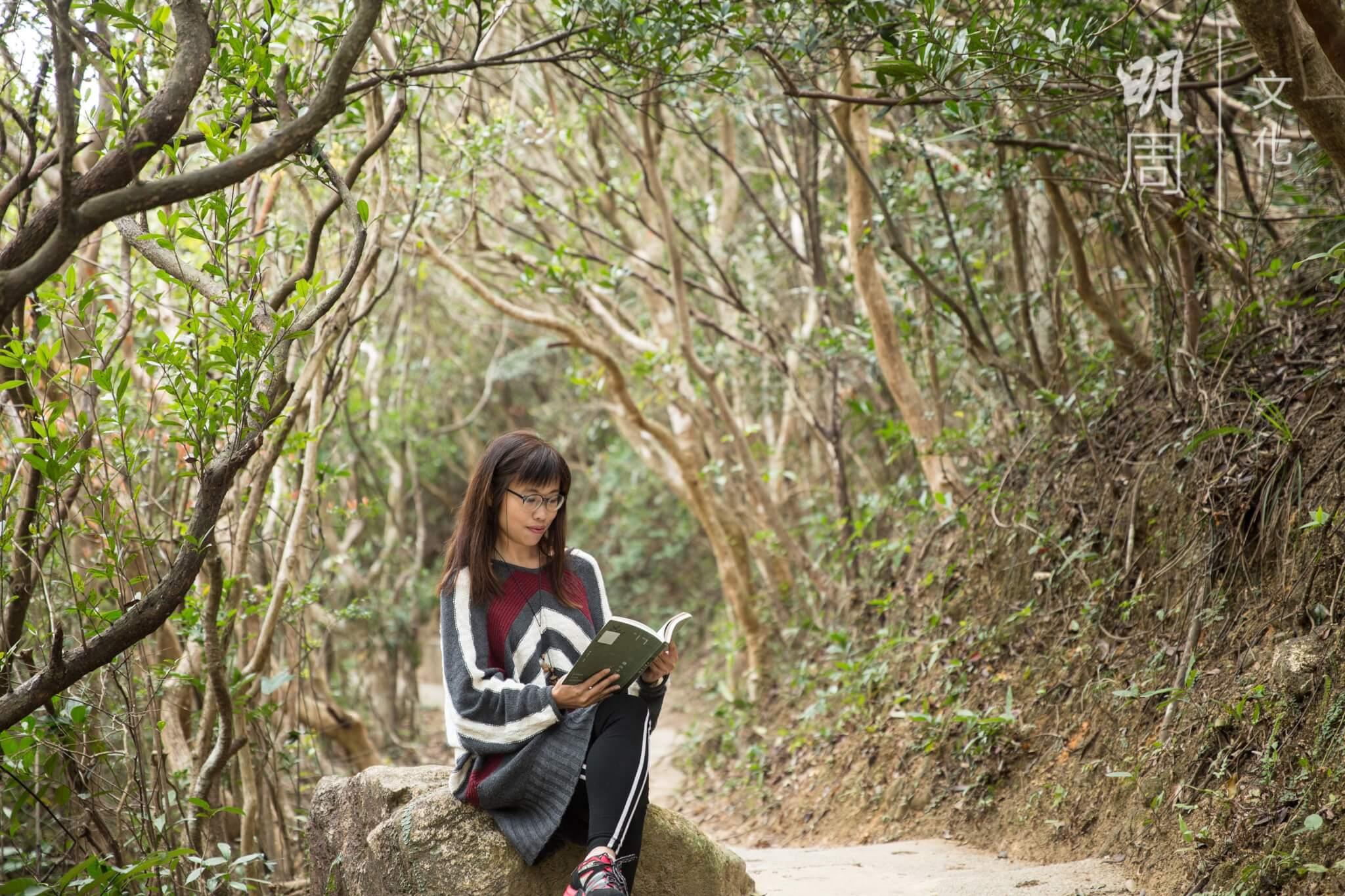 葉曉文自小熱愛大自然,除了生態寫作,也樂於帶領野外導賞,分享不同動植物的故事。