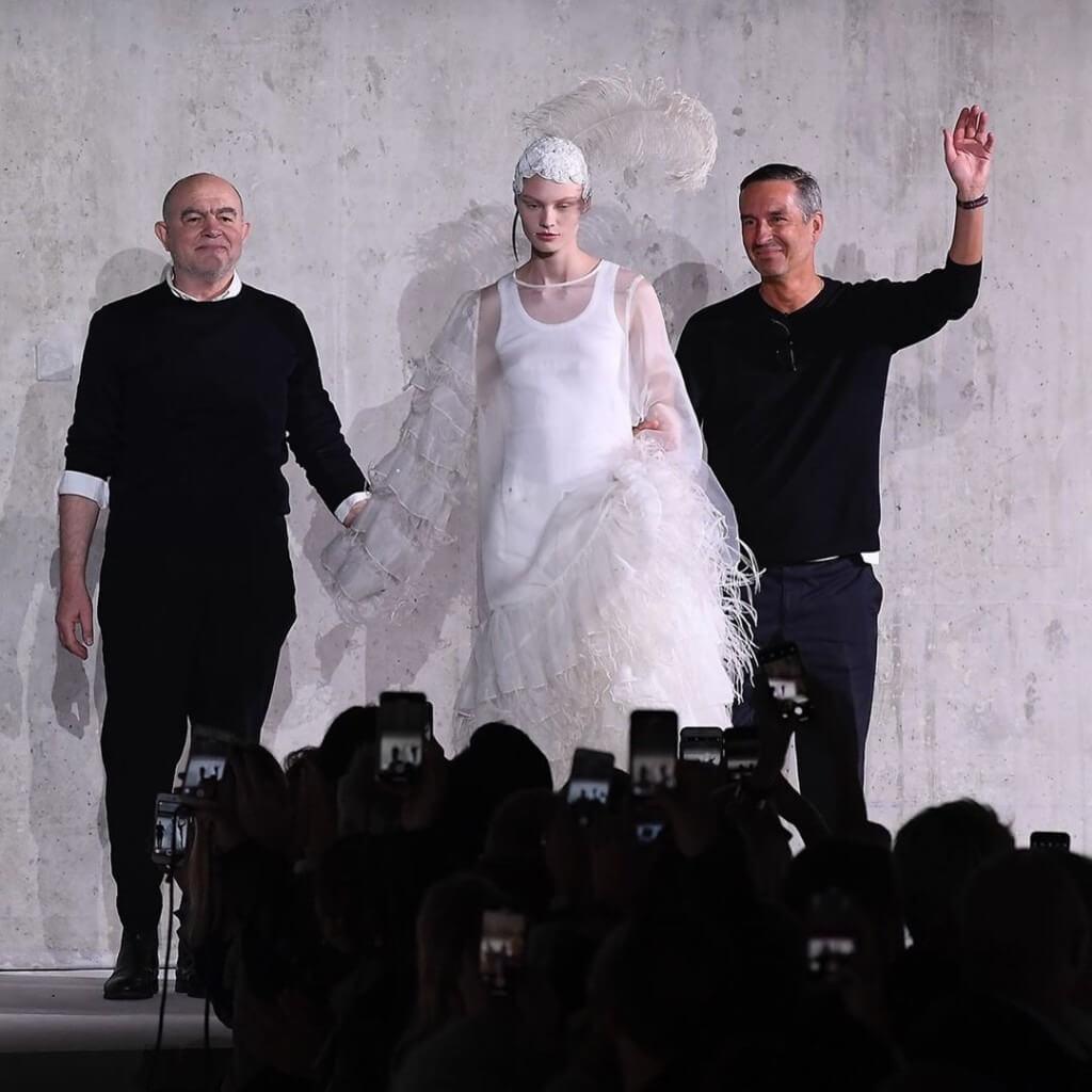 Dries Van Noten 2020春夏系列,Dries Van Noten邀來Christian Lacroix擔任客席設計師,共同合作。