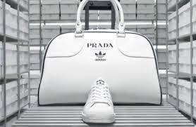 Prada近年積極靠攏年輕人市場,如早前推出Adidas聯乘,正好食正Raf的拿手好戲