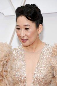 Sandra Oh的裸色妝感完全顯靈亞洲人的輪廓美。