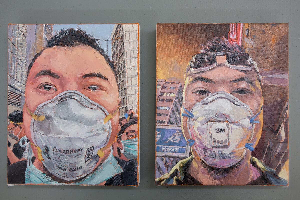 是次展覽大部品作品皆為背影,唯獨這兩張取材自周俊輝的自拍照,他指因他是唯獨不怕被人拍下的人。