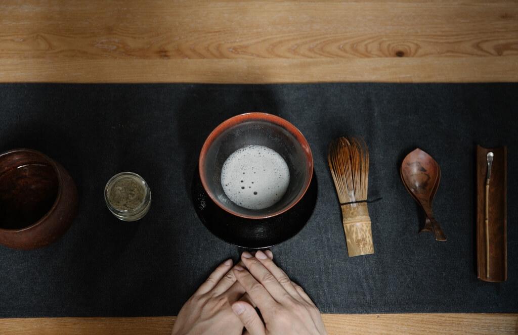 點茶是宋代生活的四藝之一,與花藝、品香、鑑古合稱為「四般閒事」。