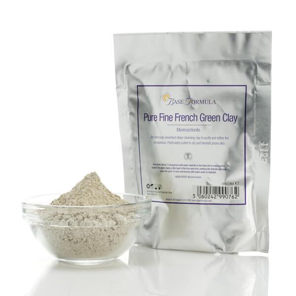 Base Formula 超細法國綠泥潔淨面膜粉 採用100%純天然,無香味或人造成份的天然礦石所製,含豐富礦物質,質感幼細,吸收力強,有助於從皮膚深處吸走毒素和雜質;並有助於清潔及回復健康膚色,收緊毛孔和消除皮膚細屑。每天用以潔面,或當作每週面部護理。