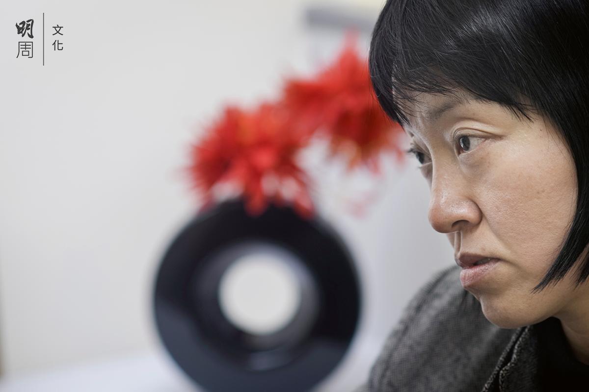 林國嬿1990年代初便投身善終服務,她 認為在ICU離世是最差的狀況,周身是喉管,沒有機會接受紓緩治療。
