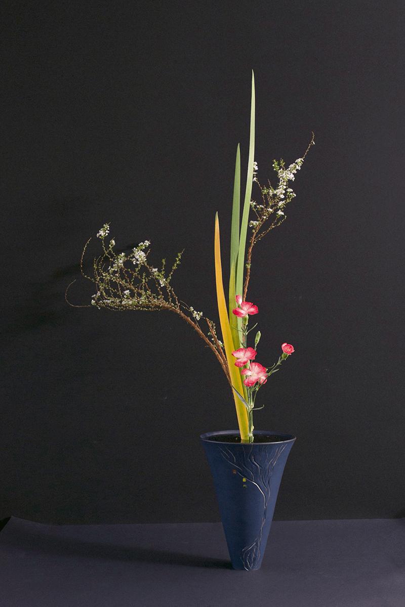 生花正風體三種生,梁偉怡作品。