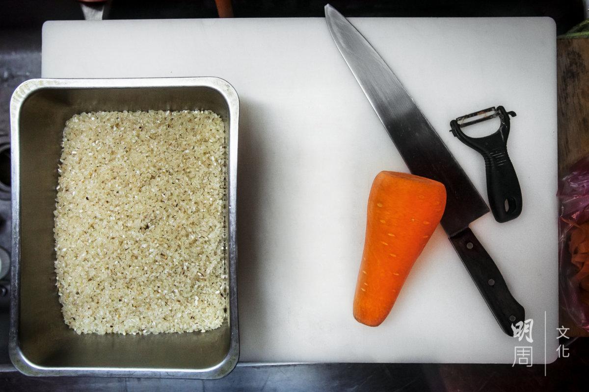 最美好的味道,往往來自最簡單的食材。翔哥經常教人如何煮飯,會煮了, 買米回去才懂得吃。