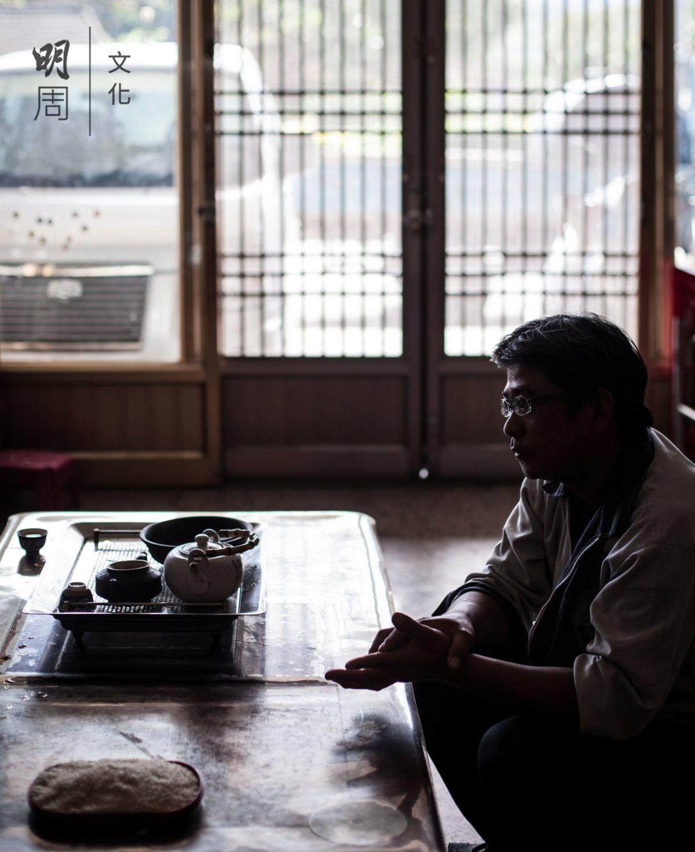 吳宗昌兒子吳瑞益說,要保持品質,田間管理一刻不能鬆懈,在這裏種米比別人多了更多的包袱與期待。