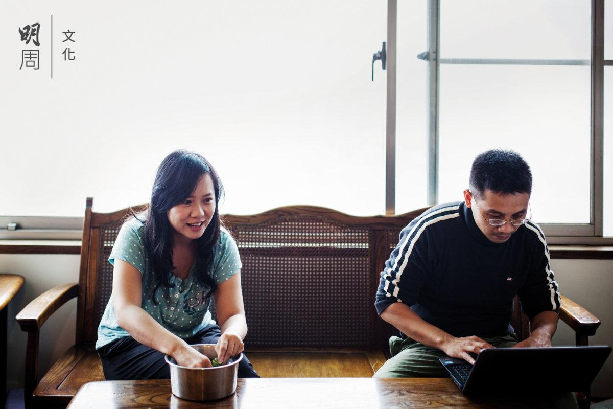 作為IT界的專業人士,這對夫婦全情投入用網 絡科技改變農業世界。