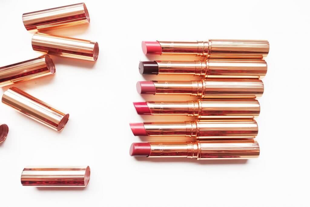 Charlotte Tilbury SUPERSTAR LIPS HK$270 Charlotte Tilbury一向深受全球名人、明星及超模追捧,名為SUPERSTAR 唇膏更是為打造巨星姿態而推出的唇妝好物。