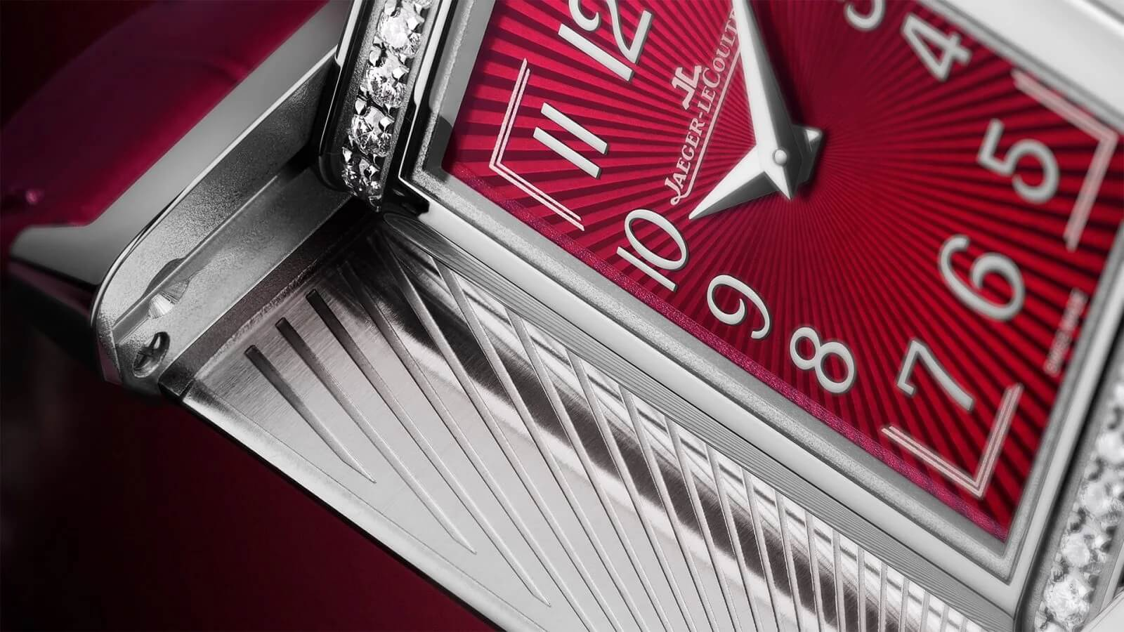 jaeger-lecoultre_reverso-one_gallery_image2-1600x900-jpg