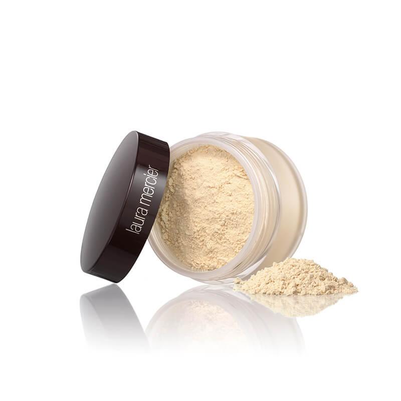 Laura Mercier Translucent Loose Setting Powder HK$370 Laura Mercier 的蜜粉一直深受好評並獲得多項大獎,亦是專業化妝師的最愛。極細緻粉末能細緻肌膚並帶來完美柔焦效果,持久定妝12小時,輕透零負擔。