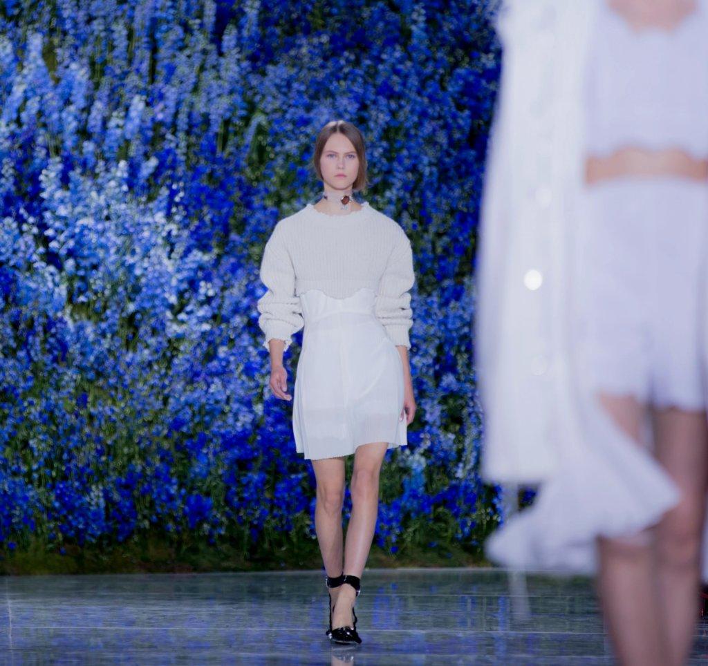 無論是首場時裝騷,還是最後一場時裝騷,Raf Simons在Dior的日子確實讓人深刻。