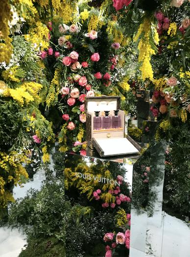 Louis Vuitton近日推出Heures d'Absence,首席調香師Jacques Cavallier Belletrud從品牌於一九二七年推出的第一支同名香水為靈感。