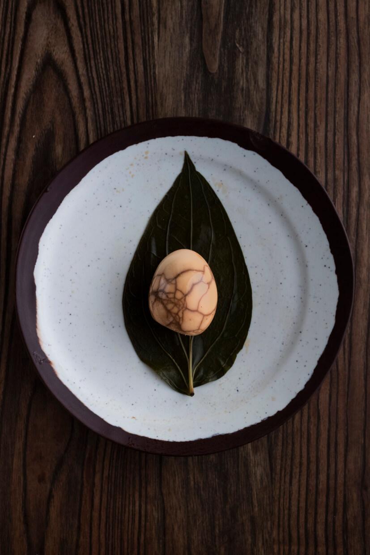 加入了檳榔葉滷煮的蛋,無論味道及賣相都與茶葉蛋無異。須用神細味,才能嘗得輕微葉香。