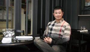 當年鄧小宇亦「錢瑪莉」筆名撰文於《號外》,多少讀者想得到原來她是他?