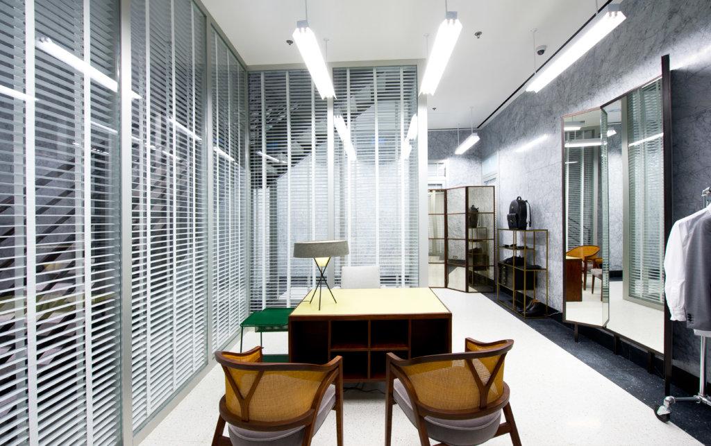 Thom Browne在二零一五年在中環安蘭街開設大中華區首間獨立門店