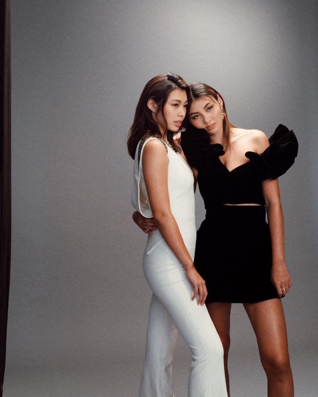 Kayla與Irisa不時擔任品牌模特兒