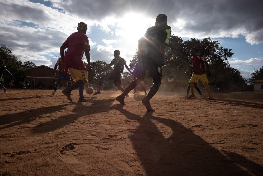 他曾到非洲馬拉維拍攝當地婦女的文盲問題(圖片由高仲明及樂施會提供)