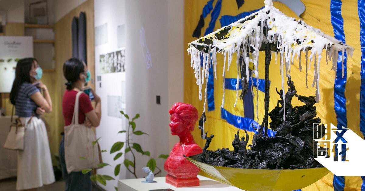 展覧亦有蠟燭的創作,每日會點燃三個小時。