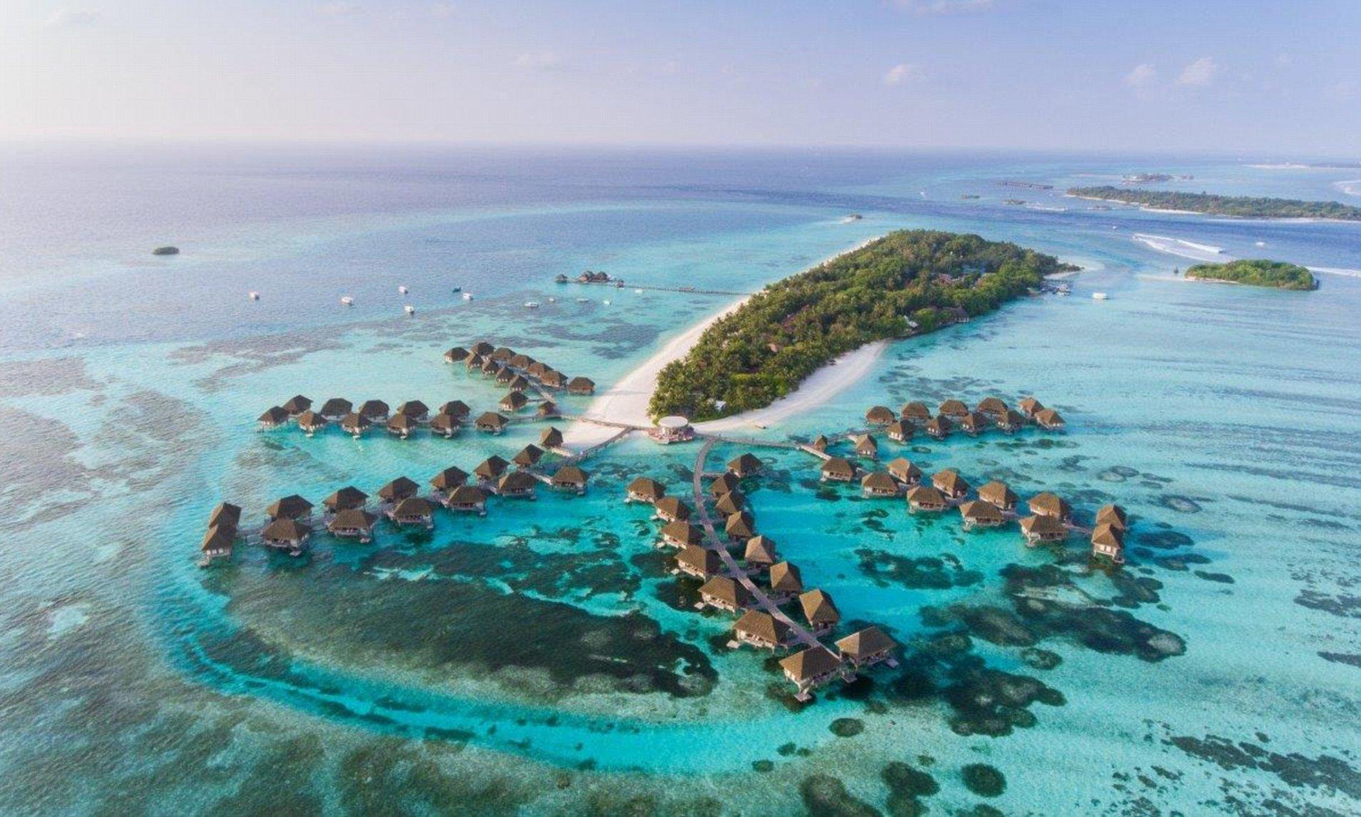 全球暖化導致水位上升,令馬爾代夫瀕臨被淹沒的危機。