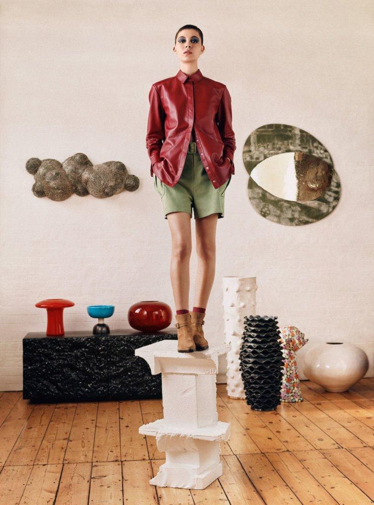 自家品牌8 by YOOX,其設計風格和物料都是來自客戶反饋與數據分析。
