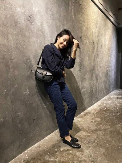 女演員林嘉欣戴上Bobby Bag