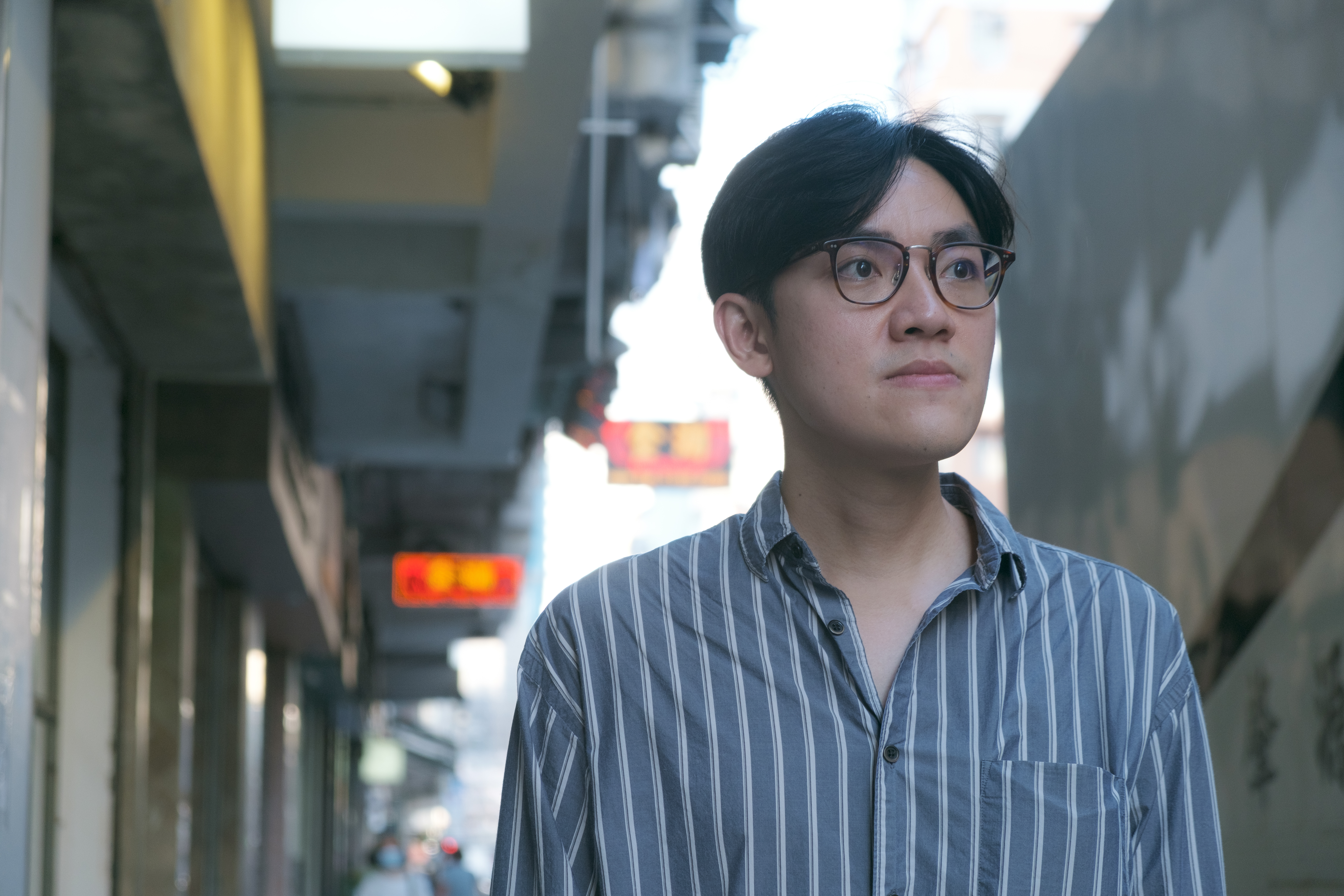 以往Don畫了不少關於香港街景的作品,而他希望藉今次的展覽探討講述歸屬感和家。