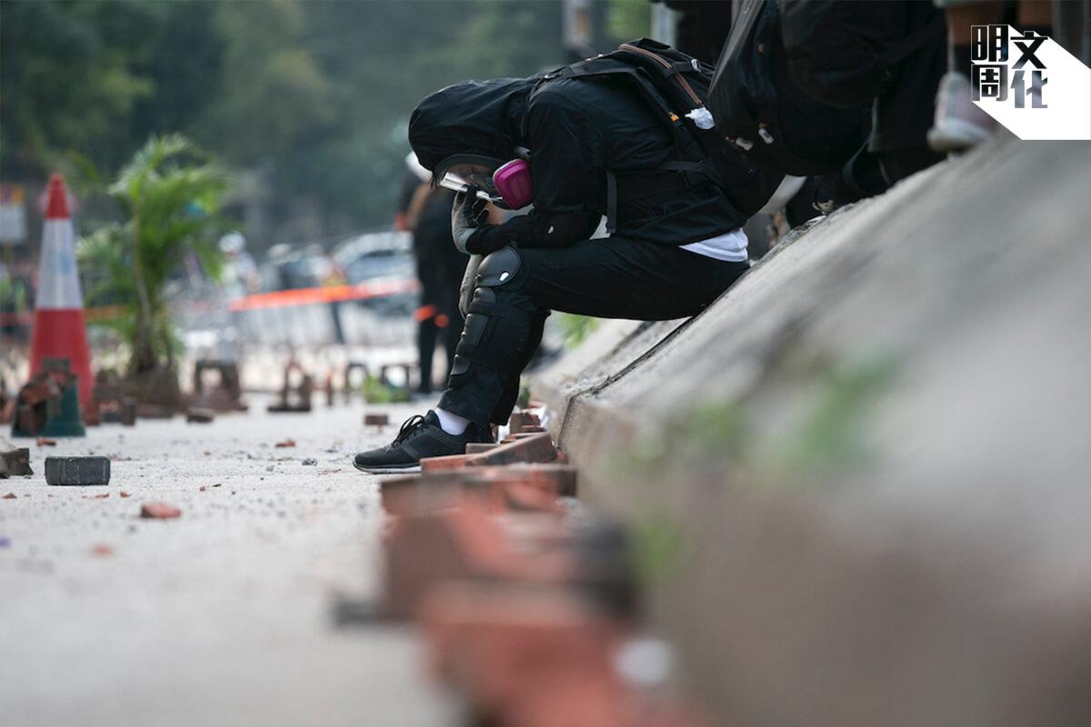 阿智與其他數十人同時被控暴動,案件可能於下半年審訊。