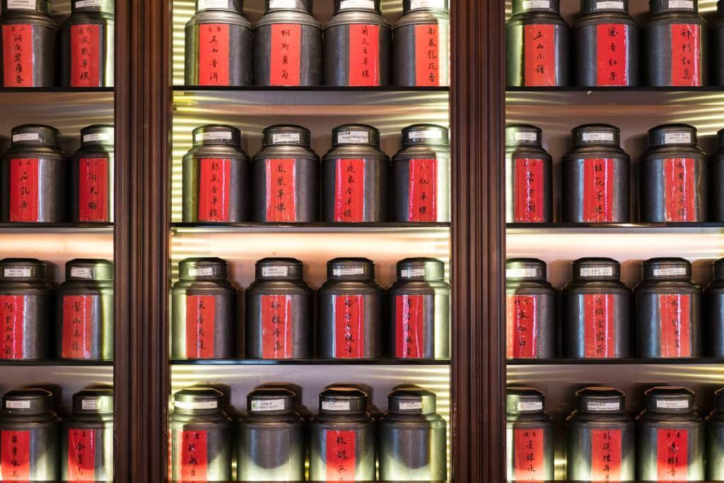 用作釀啤酒的,都是葉榮枝精心挑選的上等茶葉。