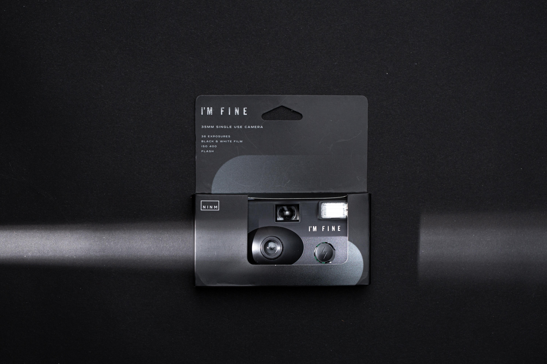NINMLab單次性相機連電池及菲林($200)