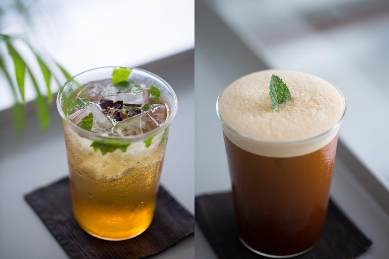 Black Flora(左) // 以茉莉花茶及黑咖啡調成,加入了泡沫,帶來有如黑啤的豐盈口感。($45) Cascara Cedar(右) // 以咖啡果皮曬乾而成的Cascara帶酸甜滋味,加入無酒精氈酒調製,不醉人而清爽涼快。($45)