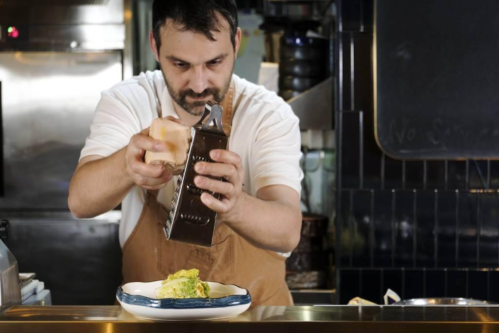 意籍主廚Luca De Berardinis笑言,一直只風聞凱撒沙律是由墨西哥人發明,沒有深入探究。也許對有想法的主廚來說,美味才是王道。