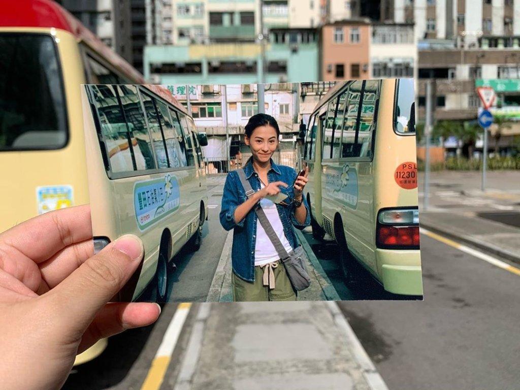 「映遊舊戲」帶大家從經典港產片,回味舊香港風貌。圖為《忘不了》中男女主與過去進行告別儀式的小巴站。