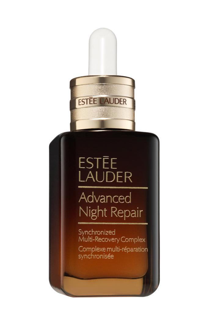 Estée Lauder Advanced Night Repair升級再生基因修復精華 $380/20ml; $570/30ml; $800/50ml; $1020/75ml Estée Lauder的小棕瓶自推出後都是穩坐精華排行榜寶座,除了直接使用,還可以在敷面膜前用作打底修護,或者用化妝棉濕敷。最近第七代精華採用了基因訊息協調技術 (ChronoluxTM Power Signal Technology),可以減淡細紋和讓肌膚細嫩緊緻。