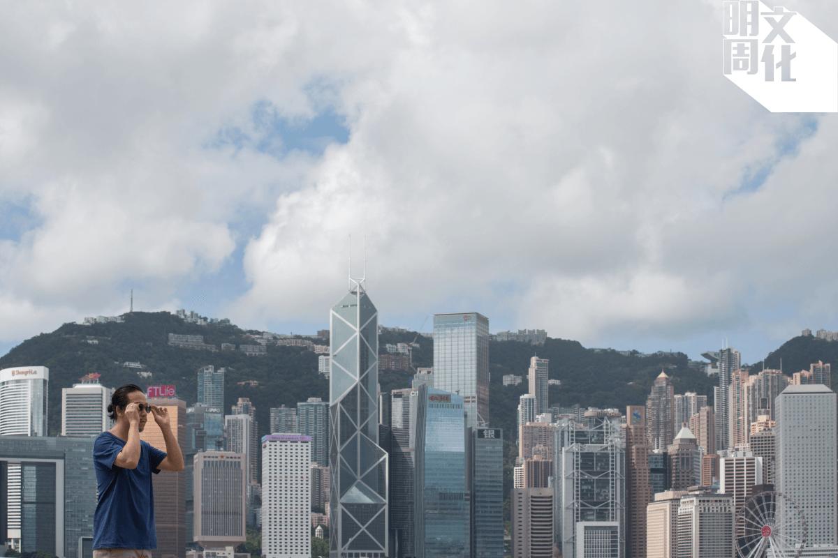 城市風景是楊學德畫筆下重要的題材
