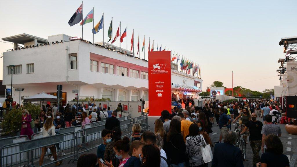 影展舉行下,意大利旅遊城市水都威尼斯稍稍回復人氣。