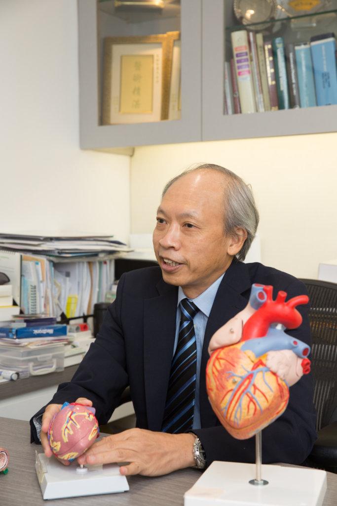 李醫生指出房顫最大的危機,是造成心臟血栓引致中風。