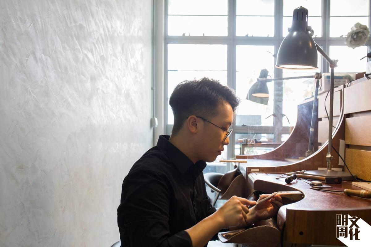 年僅廿三歲的陳詠朗是周大福的珠寶工藝師,以及Loupe的駐場設計師。