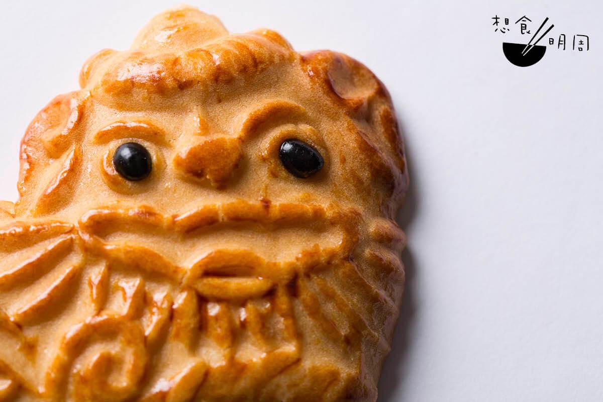 獅子餅//有些餅家會為豬仔餅加上黑豆,維肖維妙。(正隆行,$5)