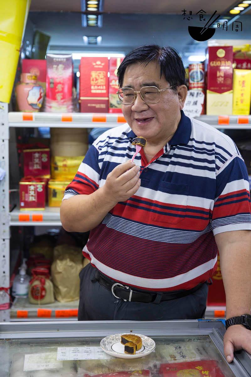 同順興店主林國鎮是寧波人。自幼在上海長大的他,對加在豆沙中的玫瑰味道感到熟悉,並認為玫瑰能升華豆沙,做出香而不膩的滋味。