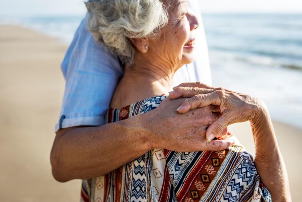 年紀愈大,患上房顫的風險愈高,年長人士也要多加留意。