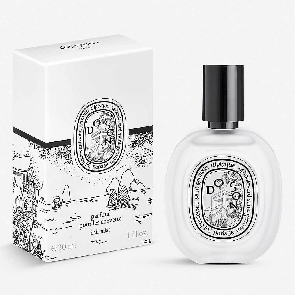 DIPTYQUE Do Son Hair Mist HK$350 品牌最具代表性的香氣之一,杜桑髮香噴霧蘊含山茶花油,提供秀髮滋養和保護,並帶有晚香玉香氣,在髮絲搖曳時散發陣陣幽香。