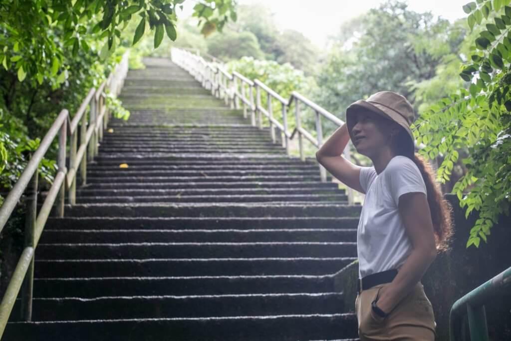 梁山丹居住於北角,常到「歡樂徑」跑步,擷取創作靈感。