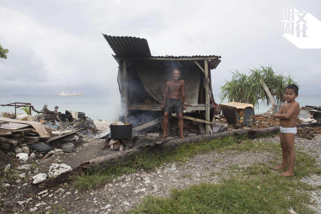 受氣候變遷衝擊,圖瓦魯人可能不得不成為離鄉背井的首批氣候難民。