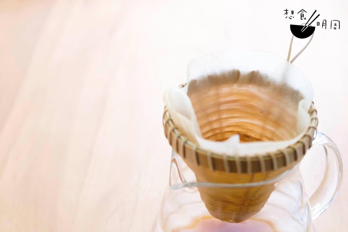竹製咖啡濾杯//Angus另一得意之作,相信咖啡迷都躍躍欲試,唯未有發售。