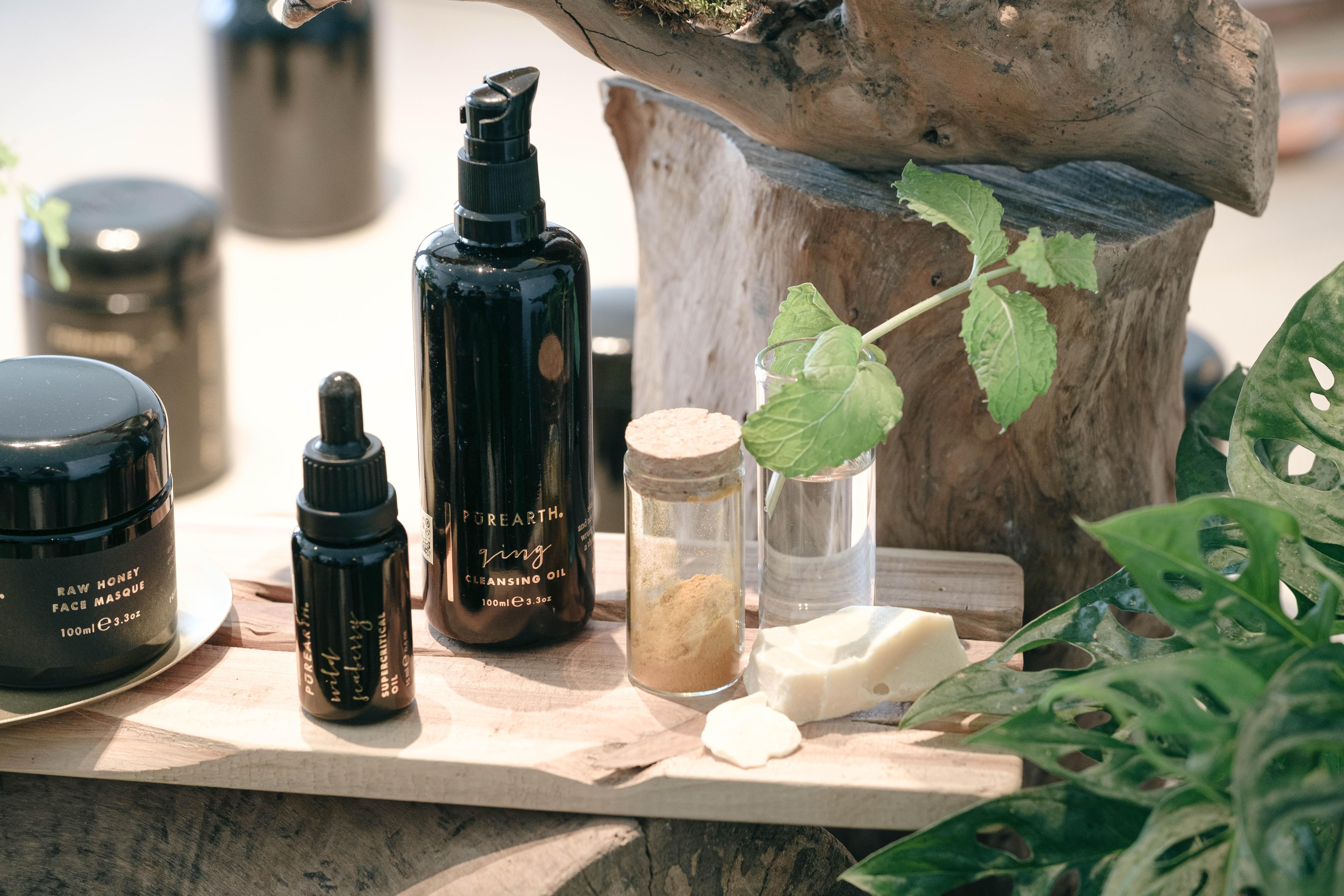 (左起) Purearth Raw Honey Face Masque $700/100ml|Purearth Wild Seaberry Supercritical Oil $310/15ml|Purearth Ging Cleansing Oil $630/100ml